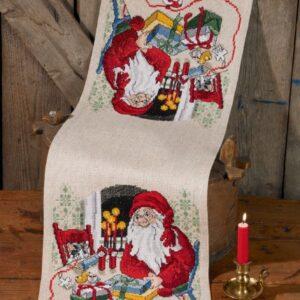 Juleløber med julemand og kat